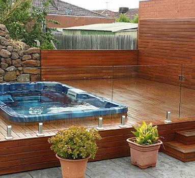 pool-fence-383x350-002